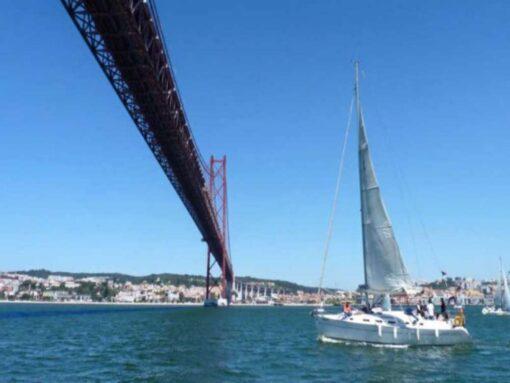 Lisbon private yacht sailing