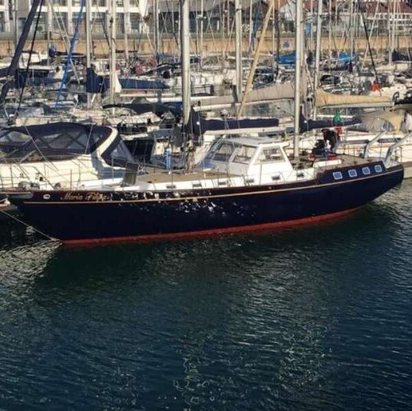 Lisbon Yacht Lisbon Private Yacht Hire - Up To 16 GuestsGroups Up 16 Guests