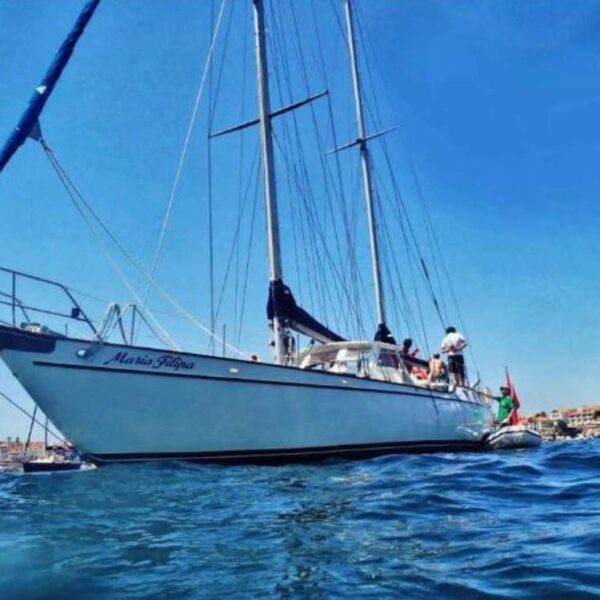 Lisbon Yacht Hire - Up To 16 Guests