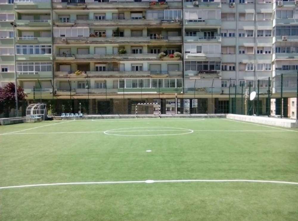 Lisbon 5 A Side Football Pitch