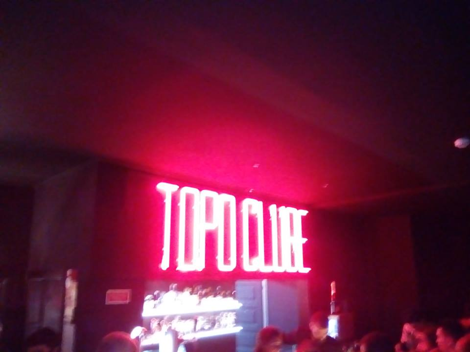 Topo-Bar-Lisbon-Activities-In-Portugal