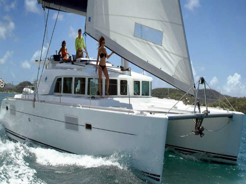 Luxury-Catamaran-Hire-Lisbon-Activities-in-Portugal