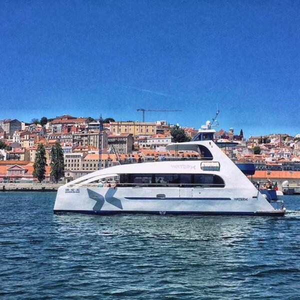 corporate catamaran hire lisbon