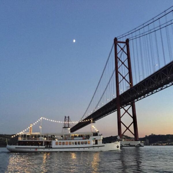 Corporate Boat Hire Lisbon